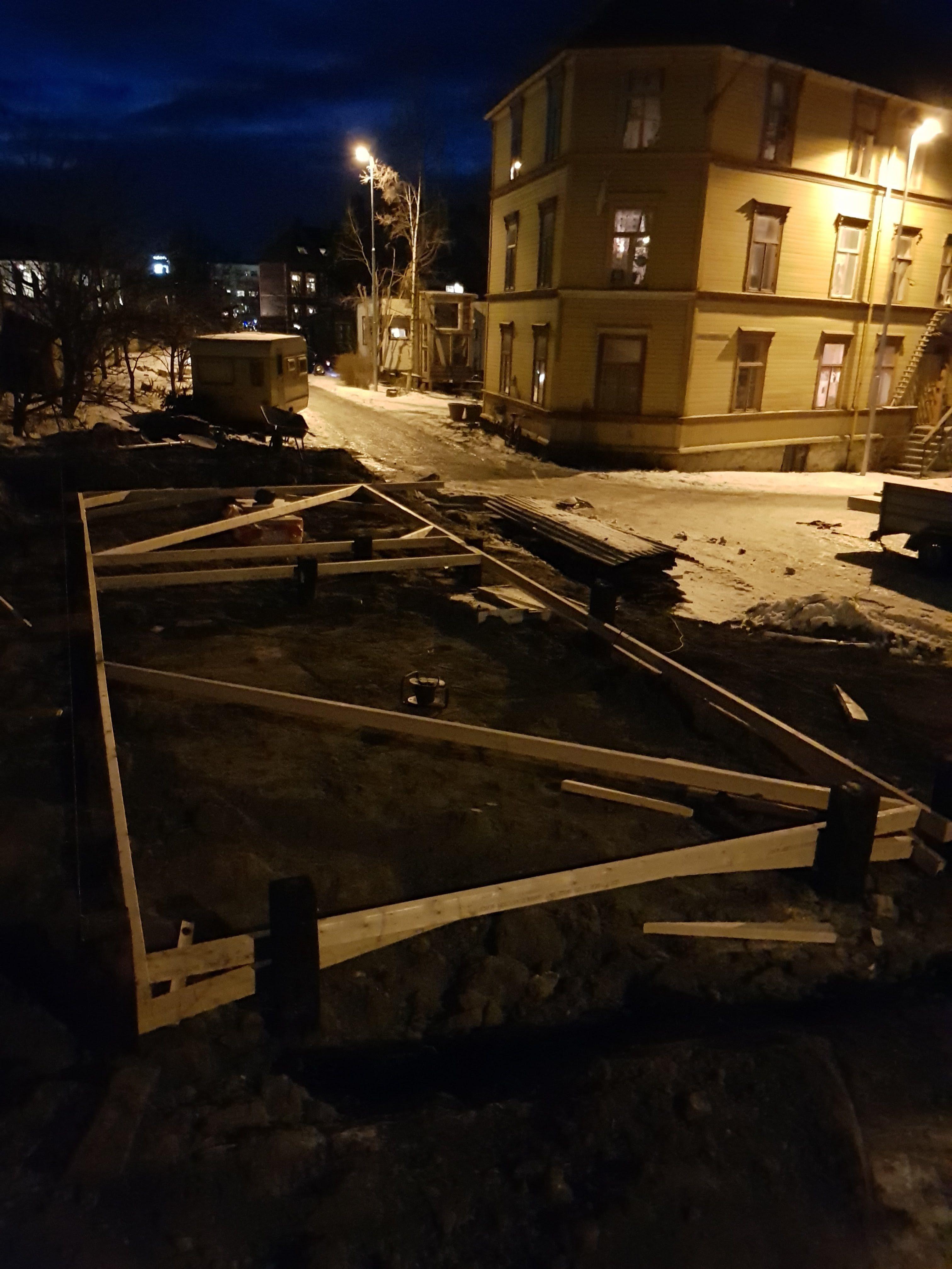 Fundamentet på plass.